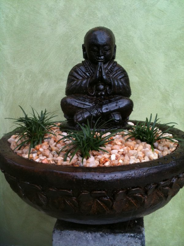Small Monk In Frangipani Bowl (click to enlarge)