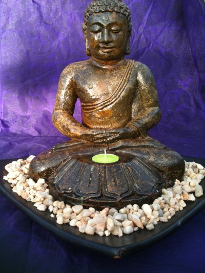 T Light Buddha Table Feature (click to enlarge)
